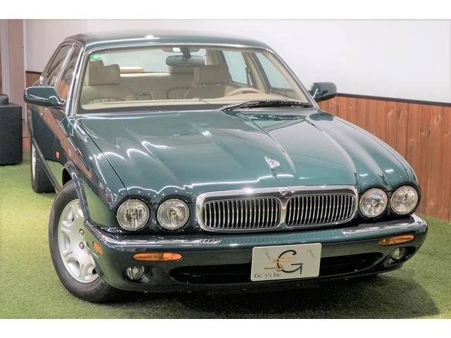 ジャガー 4.0-V8 ロングボディ 左ハンドル ディーラー車