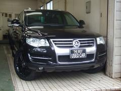 VW トゥアレグV6 CDCエアサスペンション黒本革ナビTV B&Sカメラ
