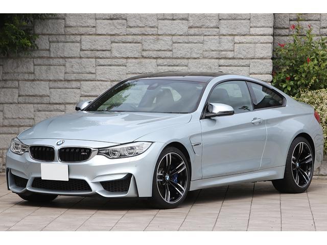 BMW M4クーペ 黒革シート OP19インチAW カーボンインテリア 走行4800km ワンオーナー