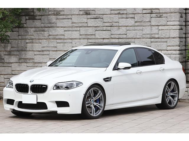 BMW M5 M5 後期モデル サンルーフ 黒革シート OP鍛造20インチAW ワンオーナー