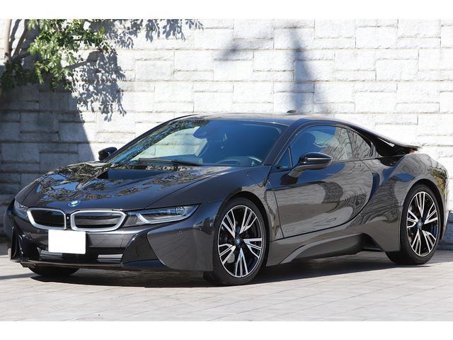 BMW ベースグレード 左ハンドル インテリアデザインCARPO ブラックレザー OP20インチAW ハーマンカードンサウンド コンフォートアクセス ワンオーナー