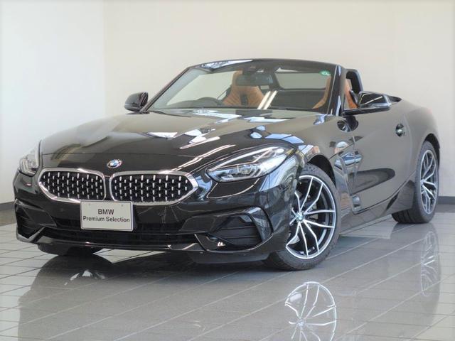 BMW sDrive20i スポーツ コニャックレザー コンフォートアクセス アクティブクルーズコントロール HiFiスピーカーシステム パーキングアシスト フロントシートヒーティング ドライバーアシスト 18インチVスポーク