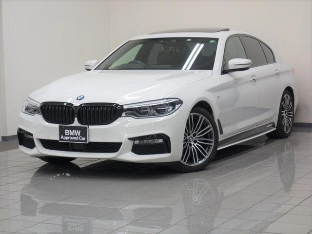 BMW 530i Mスポーツ ブラックレザー コンフォートアクセス ガラスサンルーフ コンフォートアクセス アンビエントライト 19AE