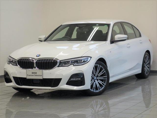 BMW 320i Mスポーツ コンフォートアクセス パーキングアシストプラス リヤビューカメラ アクテイブクルーズコントロール パークディスタンスコントロール フロントシートヒーティング アダプティブLEDヘッドライト 18AW