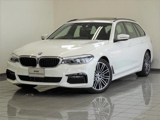BMW 530iツーリング Mスポーツ セレクトパッケージ ブラックレザー コンフォートアクセス パノラマガラスサンルーフ 4ゾーンエアコンディショナー アクテイブクルーズコントロール ドライバーアシストプラス 19インチMライトAW