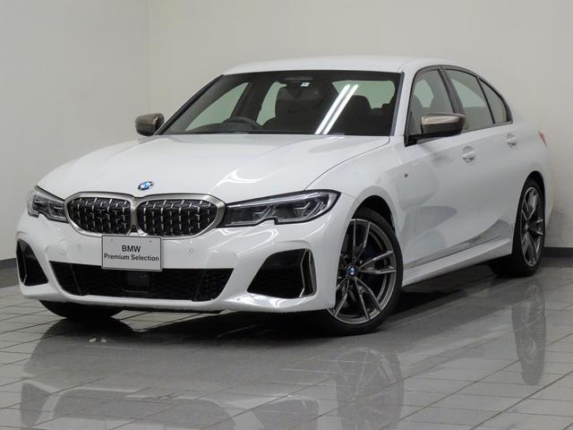 BMW M340i xDrive ブラックレザー コンフォートアクセス アクテイブクルーズコントロール パーキングアシストプラス リヤビューカメラ パークディスタンスコントロール ヘッドアップディスプレー BMWレザーライト 19AW