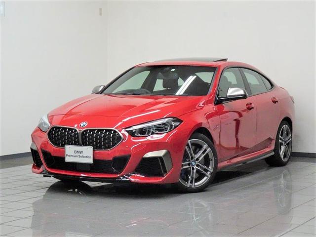 BMW M235i xDriveグランクーペ モカダコタレザー パノラマガラスサンルーフ アクティブクルーズコントロール リヤビューカメラ パークディスタンスコントロール ドライバーアシスト パーキングアシスト ヘッドアップディスプレー 18AW