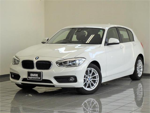BMW 118i ドライバーアシスト ブレーキ機能付きクルーズコントロール リヤビューカメラ パークディスタンスコントロール ETC付きルームミラー 16インチVスポークライトアロイホィール