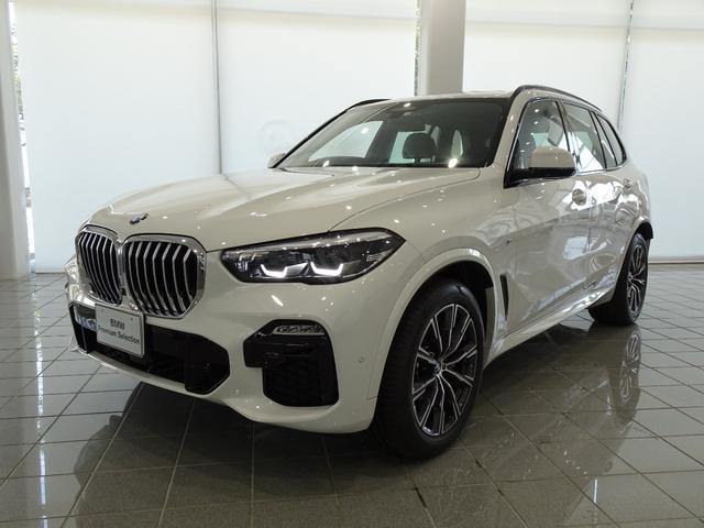 BMW X5 xDrive 35d Mスポーツ メリノレザーブラック 20インチMライトアロイホイール アダプティブMサスペンション パノラマガラスサンルーフ フロントベンチレーションシート パーキングアシストプラス TVファンクション