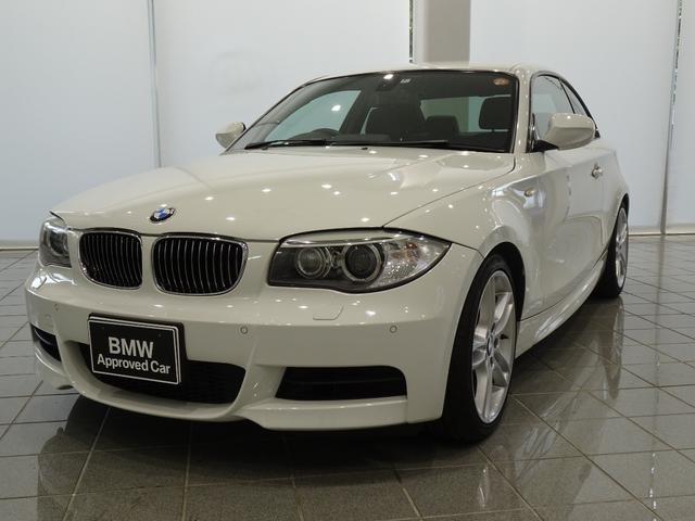 BMW 1シリーズ 135i 18インチアロイホイールスタースポーク261 アラームシステム コンフォートアクセス 電動フロントシート フロントシートヒーティング パークディスタンスコントロール クルーズコントロール