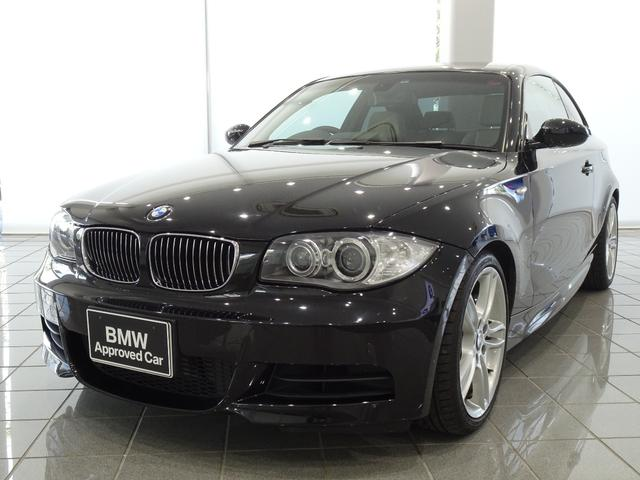 BMW 135i 18インチアロイホイールスタースポークスタイル261 電動フロントシート フロントシートヒーティング ナビゲーションシステム ハンズフリーテレフォンシステム マルチファンクションステアリングホイール