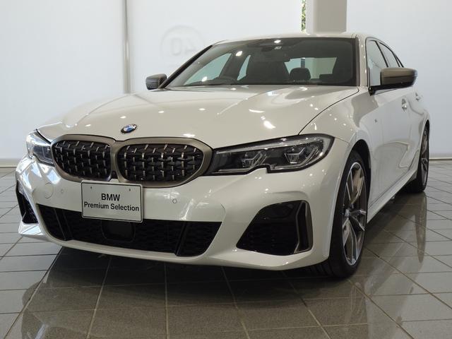 BMW M340i xDrive 19インチMライトアロイホイール ブラックブルーステッチヴァーネスカレザー アダプティブMサスペンション コンフォートアクセス アンビエンスライト BMWレーザーライト ヘッドアップディスプレイ