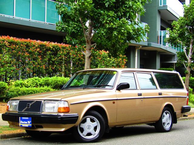 ボルボ 240GLワゴン 92限定カラー メッキモール