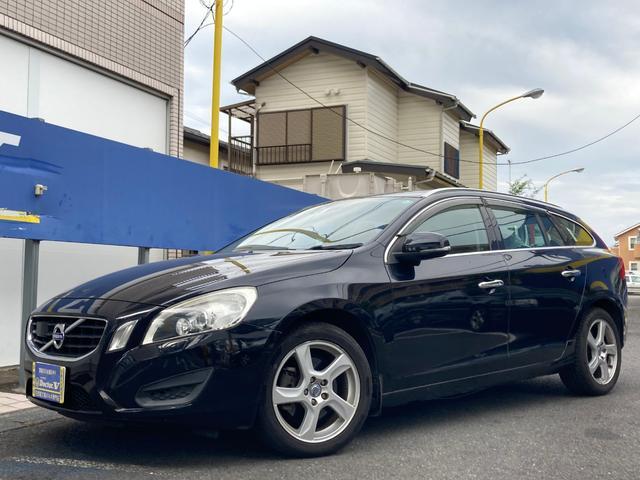 ボルボ V60 ドライブe 当店買取 ブラック本革 バックカメラ ACC装備 ブルートゥース 保証付