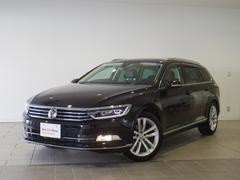 VW パサートヴァリアントハイライン 新車保証 純正SDナビ 黒革 LEDライト