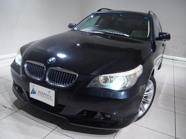 BMW 530iツーリングハイライン黒革パノラマSR純HDDナビ