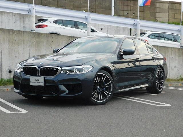 BMW M520AWLEDライトハーマンカードンコンフォートシート