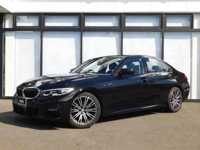 BMW 320i Mスポーツ 18AWコンフォートアクセスSOSサンルーフ後退アシスト茶革電動シートMFSパドルシフトUSBオートトランクLEDアイドリングストップBTスクリーンミラーリングACC