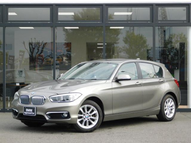 BMW 1シリーズ 118i スタイル ベージュレザーシートカバー16インチアルミホイールSOSコンフォートアクセス手動シートMFSクルーズコントロールCD/DVDミラーETCアイドリングストップUSB