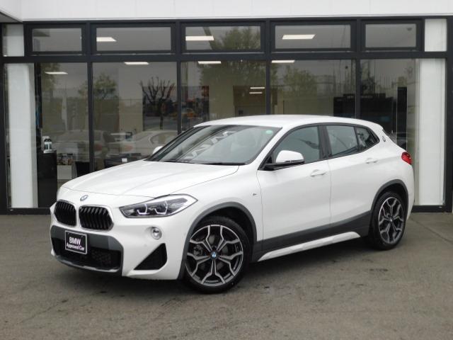 BMW X2  半革スポーツシートLEDオートトランク前後PDCアンビエントライトMFSシートヒーターUSBミラーETCパーキングアシストMコレSOS19インチアルミホイール