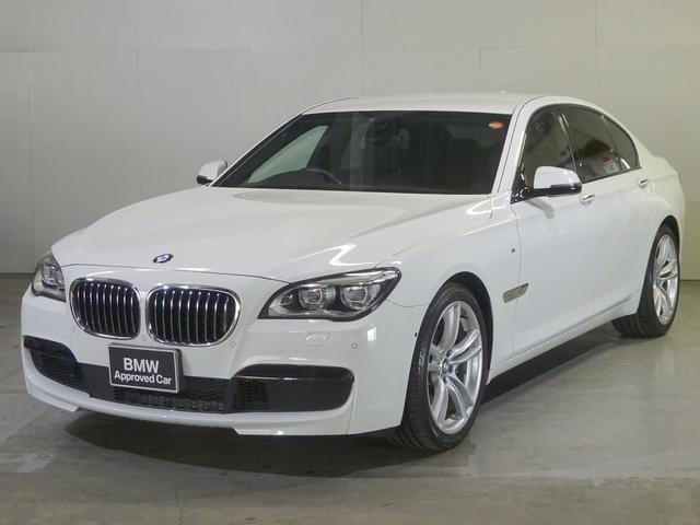 BMW 740iMスポーツ・ACC・LED・黒革・全周囲カメラ