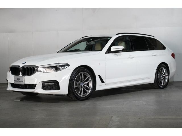 BMW 523d xDriveツーリング Mスピリットベージュ革
