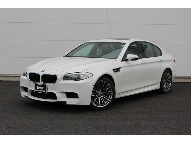 BMW M5 左ハンドル 認定中古車 サンルーフ 19インチホイール