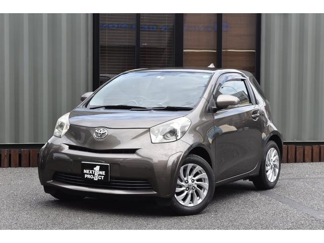 トヨタ iQ 100G レザーパッケージ !