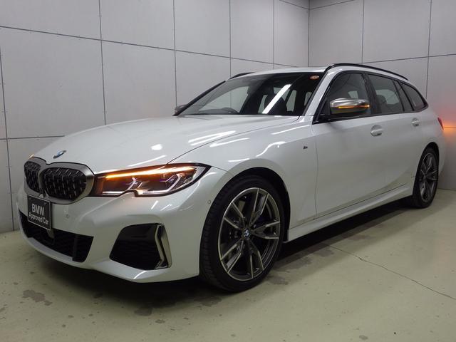BMW 3シリーズ M340i xDriveツーリング パノラマガラスサンルーフ コニャックレザーシート アクティブクルーズコントロール ヘッドアップディスプレイ