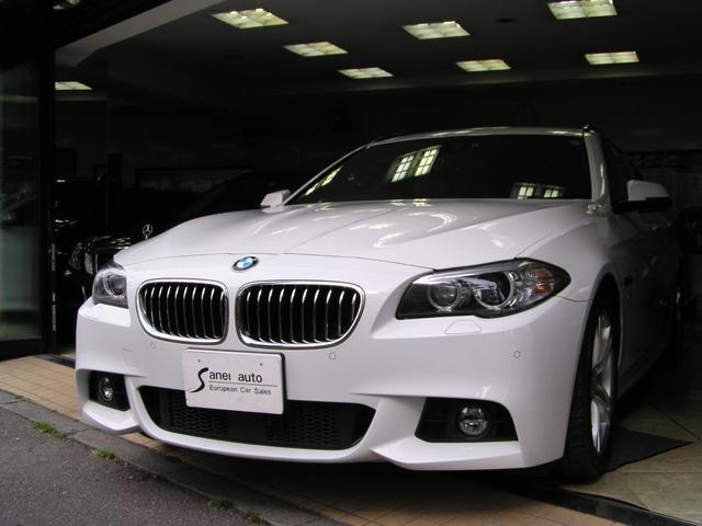 BMW 523dツーリング Mスポーツパノラマルーフブラウンレザー