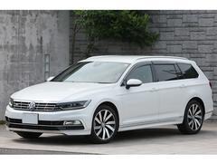 VW パサートヴァリアントTSI Rライン LEDヘッドライト ACC 新車保証