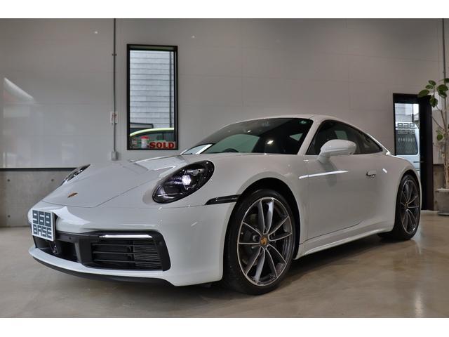 ポルシェ 911 911カレラ4 PDK スポーツクロノ パドルシフト エントリードライブ ACC トラフィックジャムアシスト 4wayスポーツシート サラウンドビューカメラ コーナーセンサー カレラクラシック20/21インチアルミ