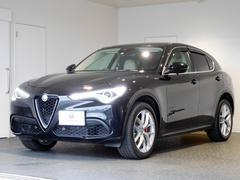 アルファロメオ ステルヴィオファーストエディション 新車保証継承 20inアルミ ETC