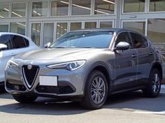 アルファロメオ ステルヴィオQ4 ラグジュアリーパッケージ ブラウンレザー 新車保証継承
