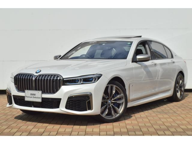 BMW M760Li xDrive 正規認定中古車 スカイラウンジ エグゼクティブラウンジシート ダイヤモンドサウンド 前後マッサージ ナイトビジョン リアエンターテインメント シートヒーターエアコン レーザーライト ディスプレーキー