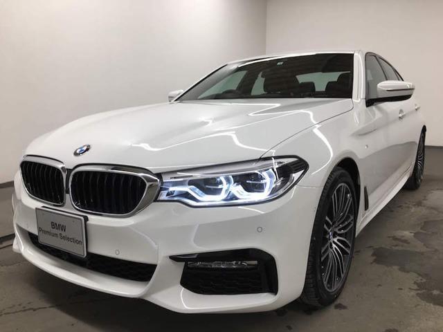 BMW 523i Mスポーツ レザー衝突被害軽減B トップビュー