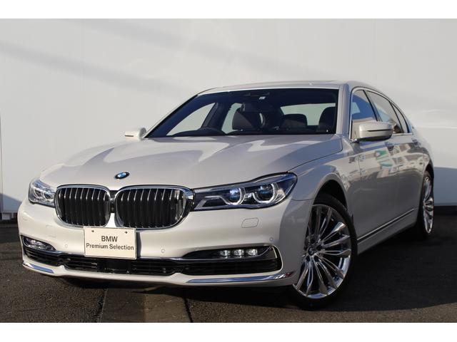 BMW M760Li xDrive V12エクセレンス