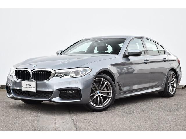 BMW 5シリーズ 523d xDrive Mスピリット コンフォートA・アダプティブLEDライト・Dアシスト+・パークアシスト・TV・HUD・HIFIスピーカー・純正18AW
