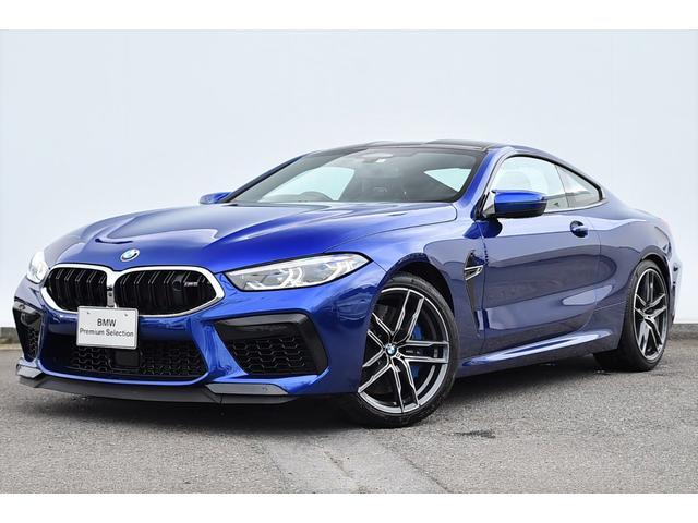 BMW M8クーペ ブラックレザー・Fクライメートシート・Mデフ・ソフトクローズドア・ディスプレーキー・Dアシストプロ・レーザーライト・B&Wサウンド・ナイトビジョン・純正20AW