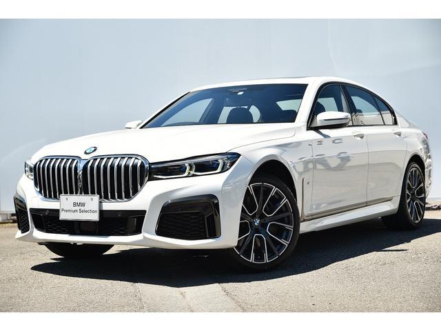 BMW 750i xDrive Mスポーツ 黒革・Dアシストプロ・パークアシストプロ・レーザーラート・・harmankardonサウンド・ガラスサンルーフ・ディスプレーキー・Fクライメートシート・ソフトクローズドア・リモートパーキング・20AW