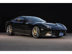 フェラーリ F12ベルリネッタワンオーナー・ディーラー車・三層色NeroStellato