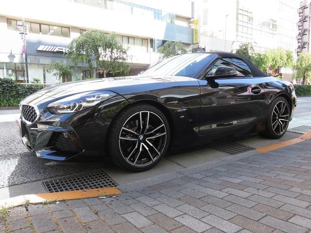 BMW sDrive20i Mスポーツ 赤革 ドライブレコーダー