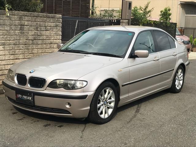 BMW 320iスポーティダイヤモンド 500台限定車 革シート