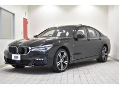 BMW740i Mスポーツ 黒革シート 純正20AW サンルーフ