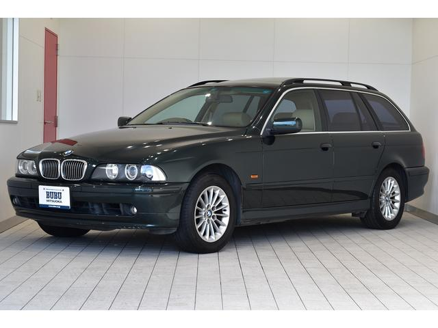 BMW 525iツーリングハイラインパッケージ 純正DVDナビ