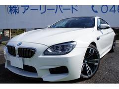 BMW M6グランクーペ カーボンルーフ ブラックレザーインテリア