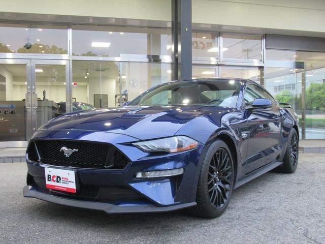 フォード GTプレミアム パフォーマンスPKG 12インチデジタル液晶メーター シートヒーター&ベンチレーション APPLEカープレイ&アンドロイドオート セレクタブルドライブモード 純正19インチAW