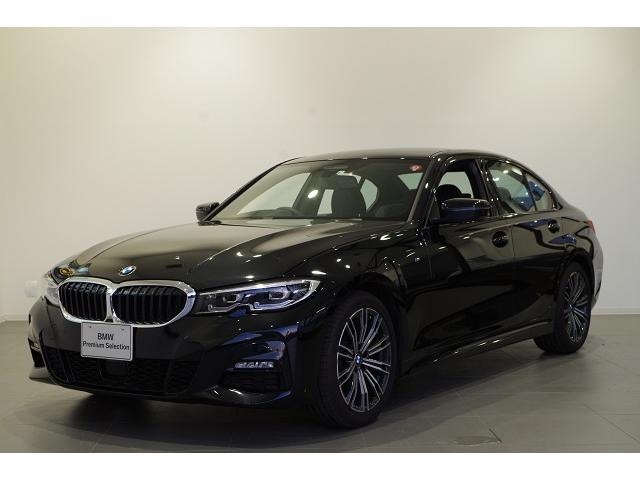 BMW 320i Mスポーツ コンフォートPKG