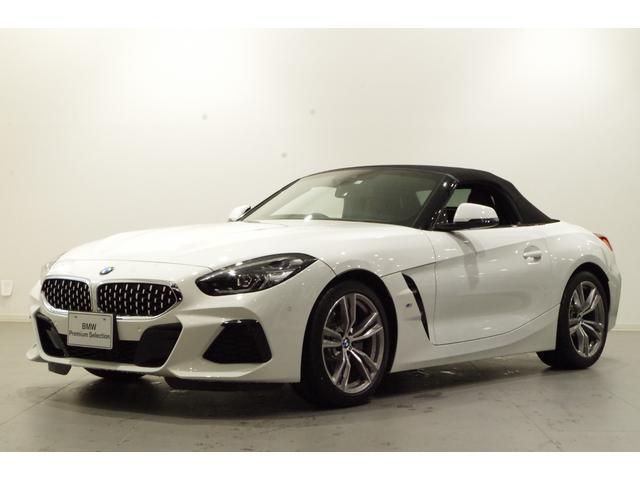 BMW sDrive20i Mスポーツ イノベーションPKG 黒革席