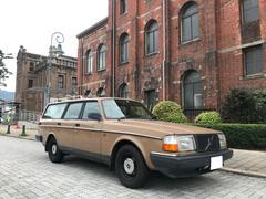 ボルボ240GLワゴン クラシックスタイル USメッキキャリア